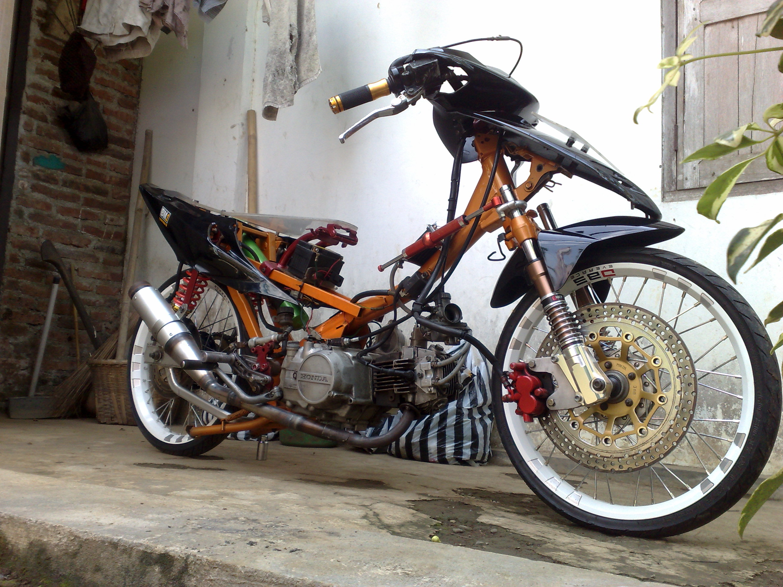 Motor Drag Modifikasi motor drag