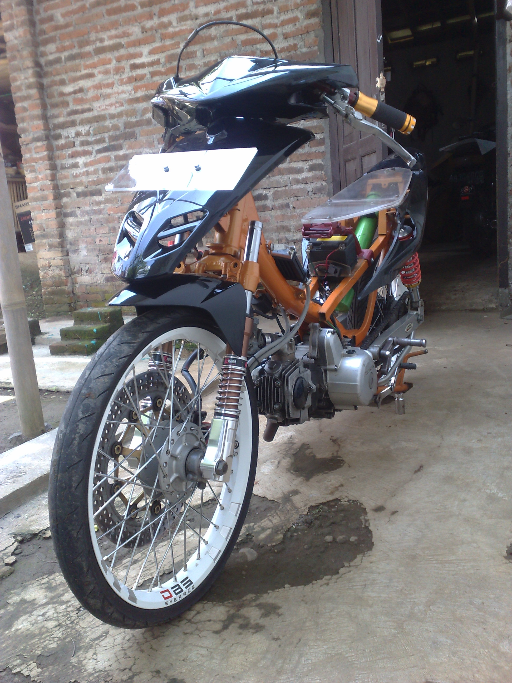 Modifikasi Motor Drag Otomania